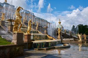 Петергоф. Скульптуры Большого каскада